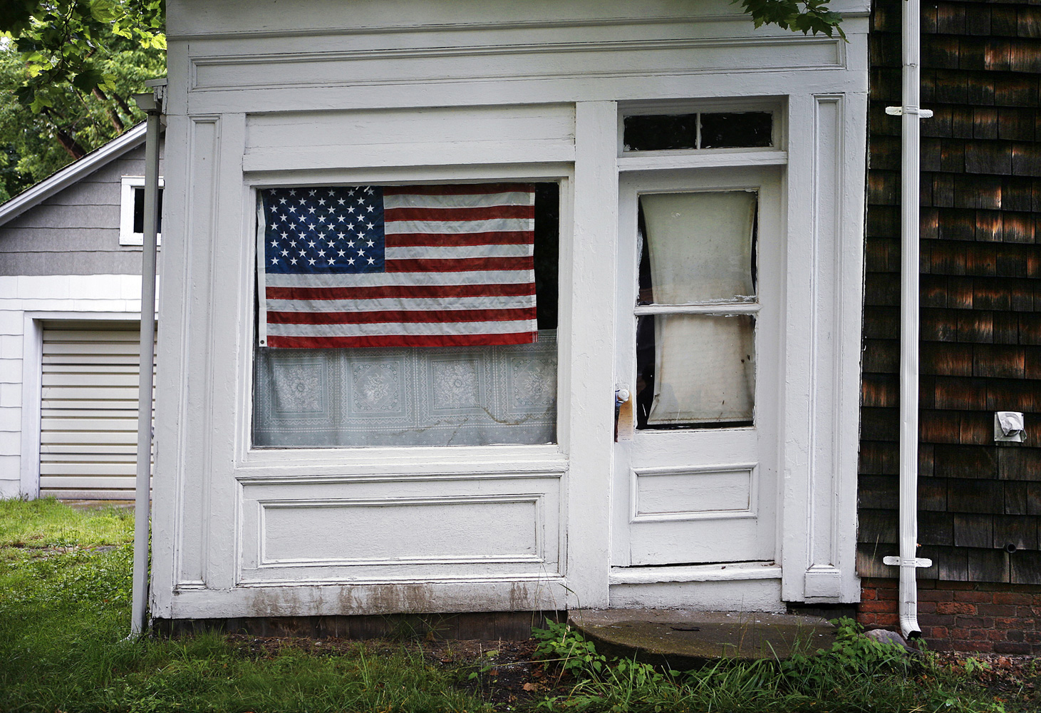 Landscape Photography new york home USA flag in window